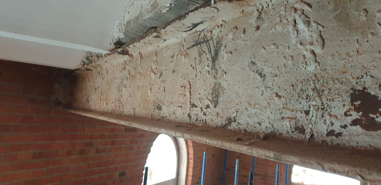 Реставрационная расчистка и грунтовка исторического металла