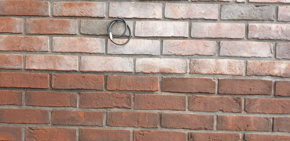 Очистка фасада от высолов с последующей гидрофобизацией